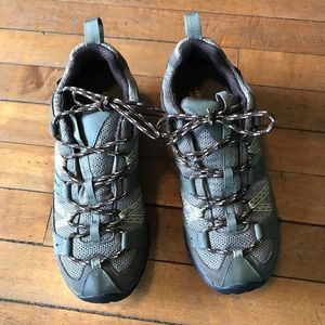 Merrell  hiking shoes, new condition, size 8